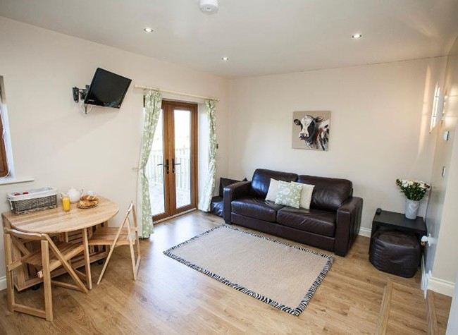 Self-catering accommodation near Bristol Airport